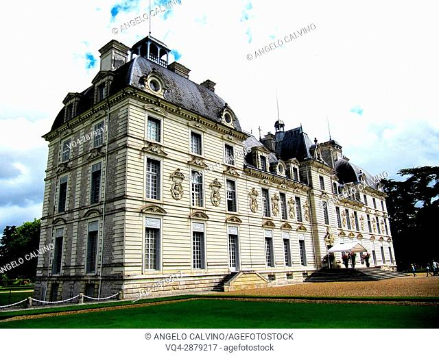 Cheverny, Castle and Gardens, Chateau de Cheverny, Cheverny Castle, Loire et Cher, Pays de la Loire, Loire Valley, UNESCO World Heritage Site, France