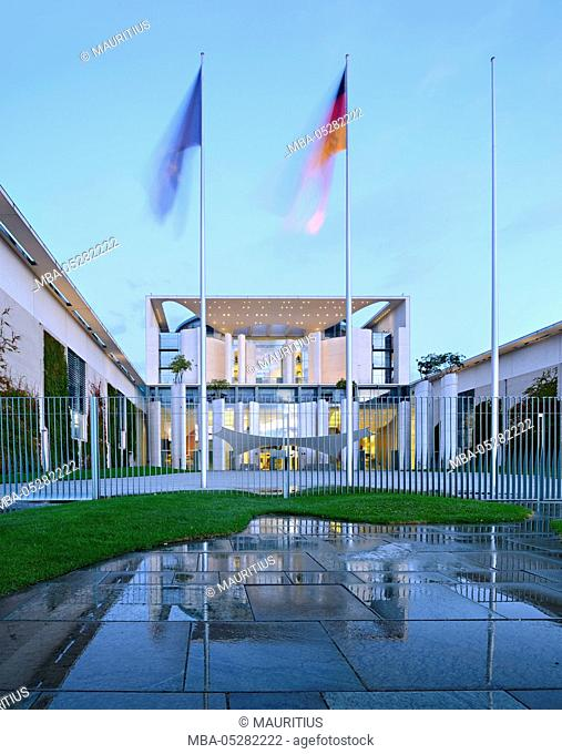 Germany, Berlin, government district, Chancellery building, early in the morning