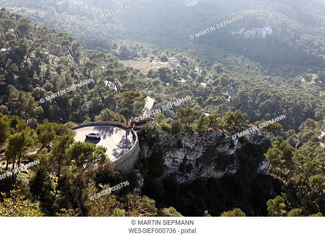 Spain, Balearic Islands, Majorca, Felanitx, View of mountain road to puig de san salvador