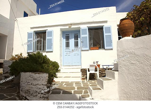View to a traditional Cyclades house with a pot in the foreground in Artemonas village, Sifnos Island, Cyclades Islands, Greek Islands, Greece, Europe