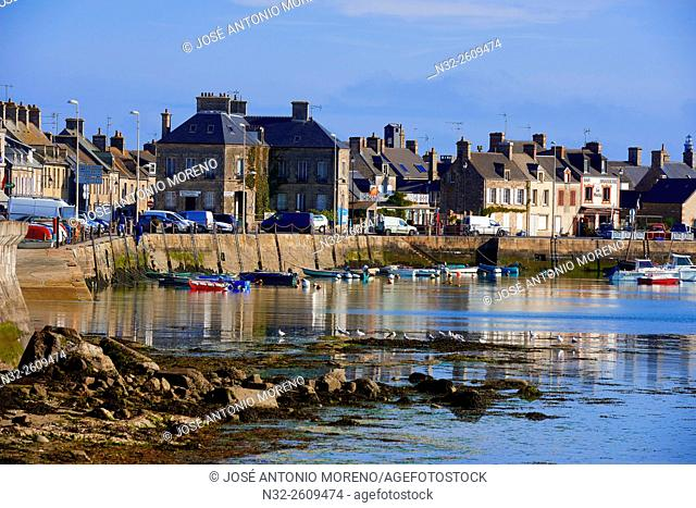 Barfleur, Lower Normandy, Village and Harbour, labelled Les Plus Beaux Villages de France,The Most Beautiful Villages of France, Normandy, Manche, France