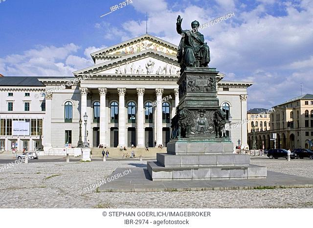 Munich, GER, 01. Jun. 2005 - Monument of Max-Joseph 1st. in front of bavarian state opera in building of Munich Nationaltheatre at Max-Joseph-Platz