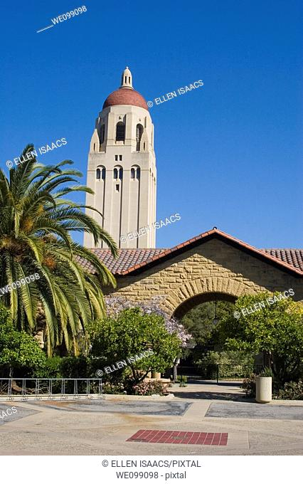 Hoover Tower overlooking a Stanford University courtyard, with its sandstone archways and Spanish style architecture