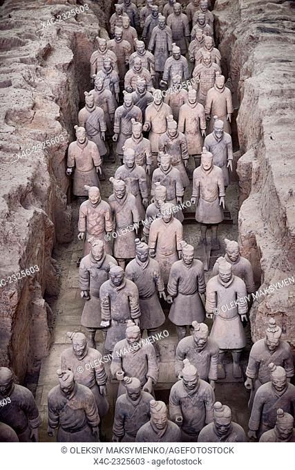 Qin Terracotta Warriors, Terra Cotta Army in a museum in Xi'an, Shaanxi, China 2014