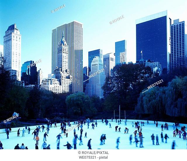 Woolman Ice Rink. Central Park South. Midtown Manhattan. New York. USA
