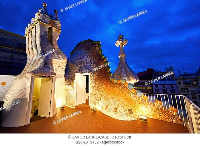 Casa Batlló by Antoni Gaudí architect 1904-1906, Passeig de Gracia, Barcelona, Catalonia, Spain