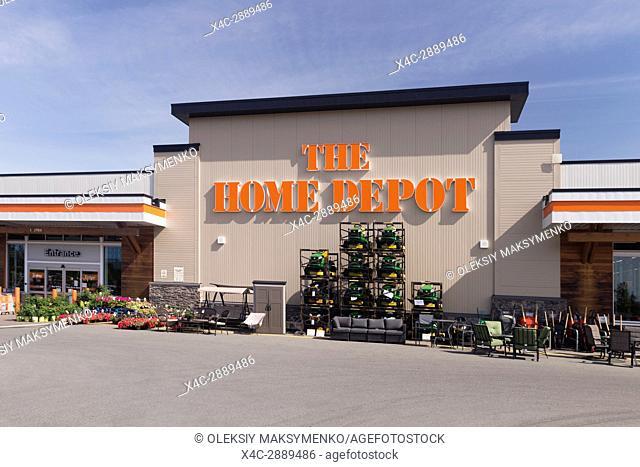 The Home Depot store front on a sunny day. BC, Canada 2017