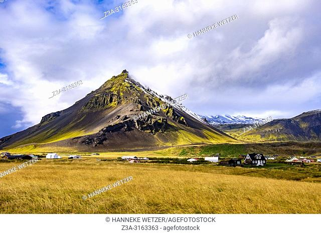 Mt. Stapafell is a peculiar 526 m high palagonite volcano next to Snæfellsjökull glacier, West- Iceland. On top of Mt. Stapafell