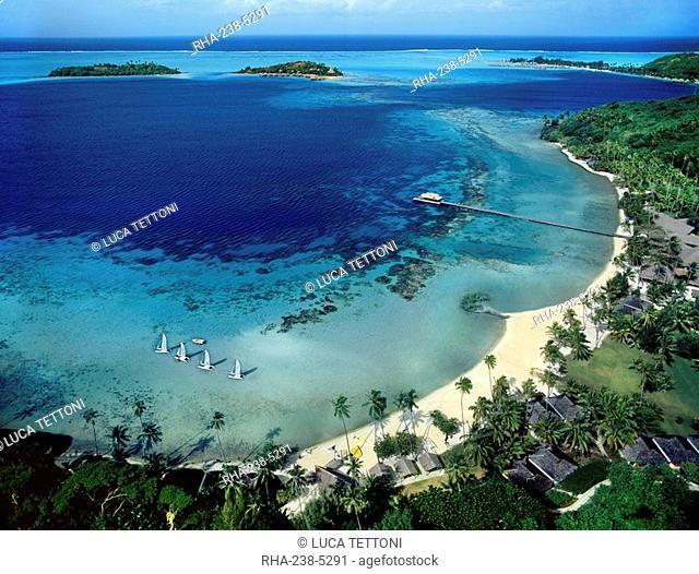 Beach view on Bora Bora, Society Islands, French Polynesia, South Pacific, Pacific