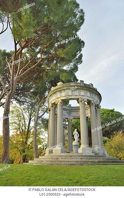 El Capricho park, Alameda de Osuna, Madrid, Spain
