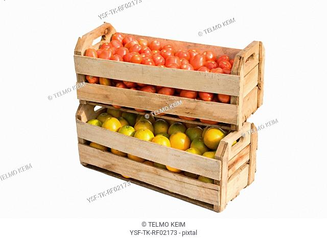 Crate of oranges and tomatoes, São Paulo, Brazil