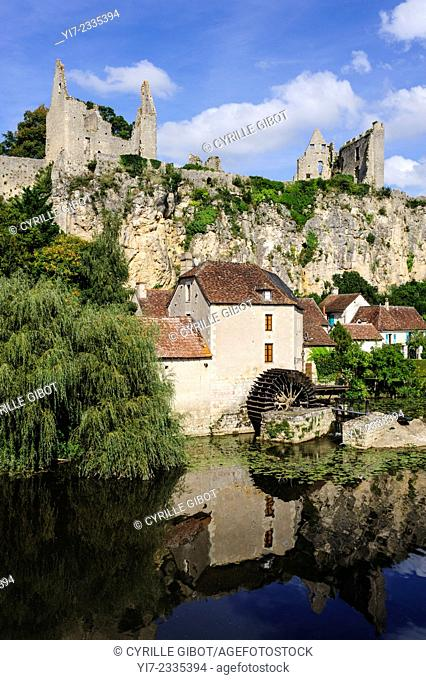 France, Poitou, Vienne, Angles-sur-l'Anglin, the fortress and the old watermill on the river Anglin