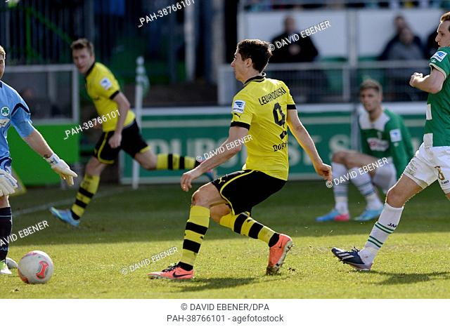 Dortmund's Robert Lewandowski scores the 6-1 goal during the German Bundesliga soccer match between SpVgg Greuther Fuerth and Borussia Dortmund at Trolli Arena...