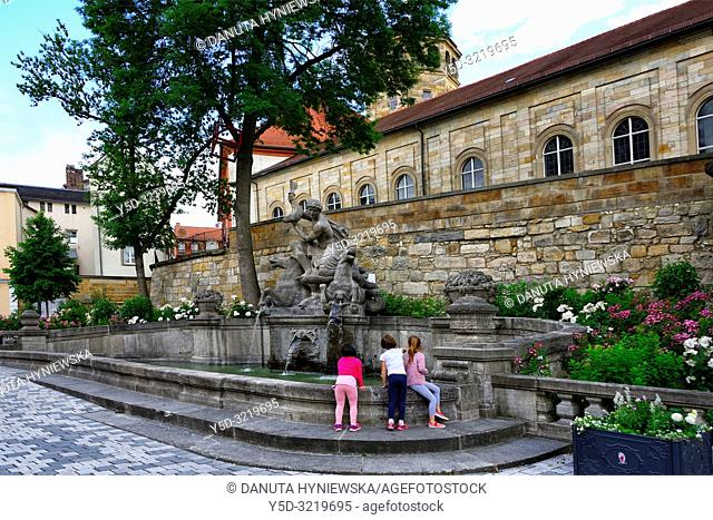 Wittelsbacher fountain opposite the Margravial Opera House, Opernstrasse, Castle church's tower, vicarage in the background, Bayreuth, Upper Franconia, Bavaria