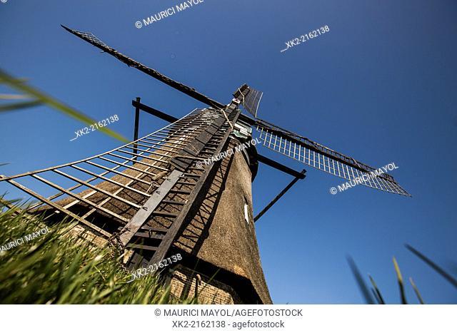 Kinderdijk windmill view from below, near Rotterdam, Nederland