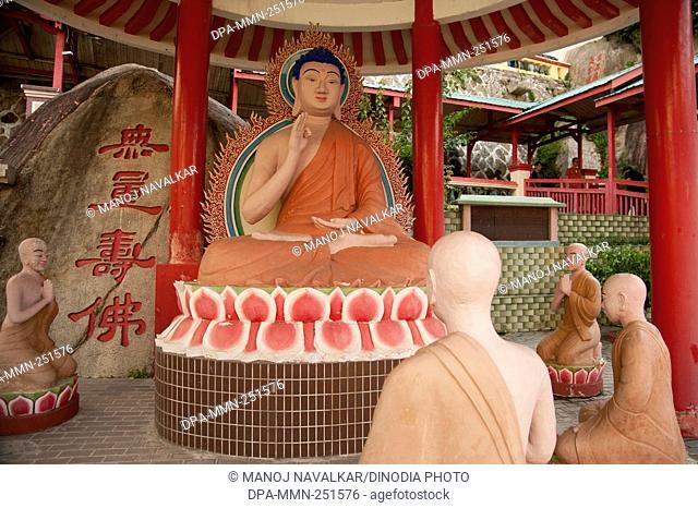 Statue, kek lok si buddha temple, penang, malaysia, asia