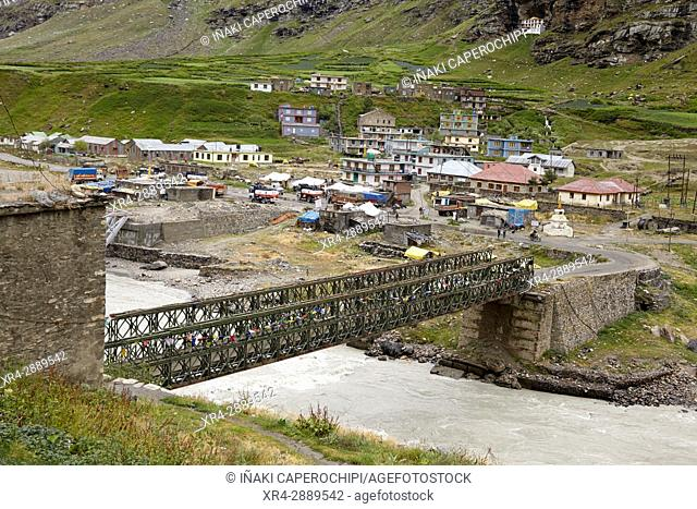 Puente sobre el River Chenab, Khoksar, Rothang Mountain Pass , Manali - Leh Road, Himachal Pradesh, India