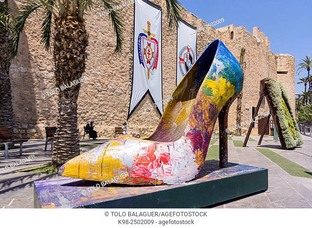 escultura de zapato de tacon, palacio de Altamira, Elche, Alicante, comunidad Valenciana, Spain, Europe