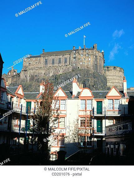 Old town and Castle. Edinburgh. Scotland