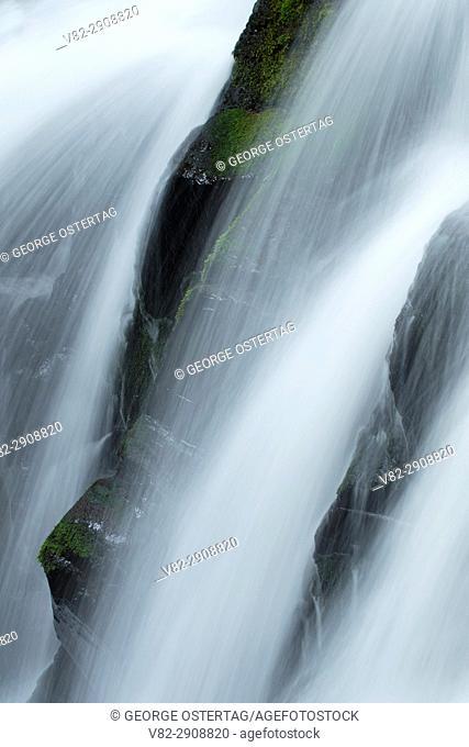 Majestic Falls, McDowell Creek County Park, Linn County, Oregon