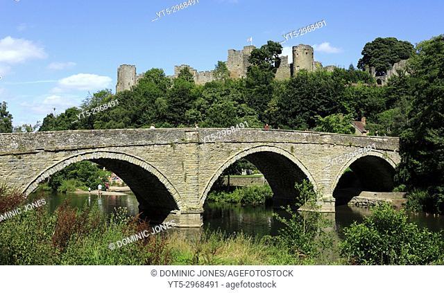 Dinham bridge crosses the River Teme with Ludlow Castle completes the backdrop, Ludlow, Shropshire, England, Europe