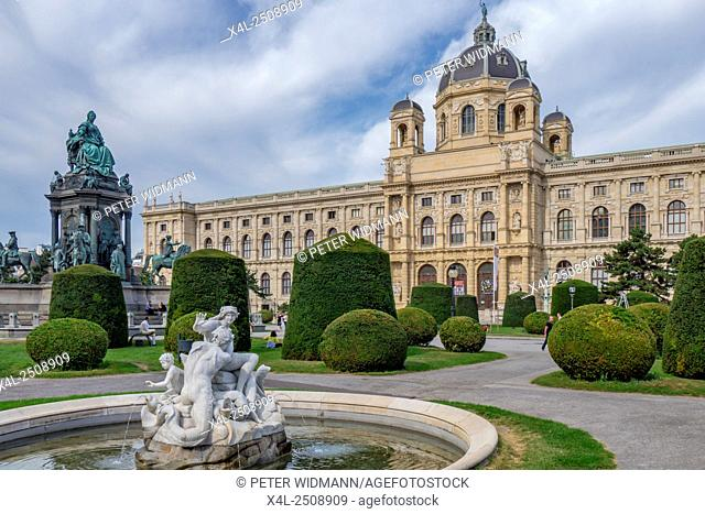 Kunsthistorisches Museum Natural History Museum, Maria-Theresia-Denkmal monument, Ringstrasse street, Vienna, Austria, Europe