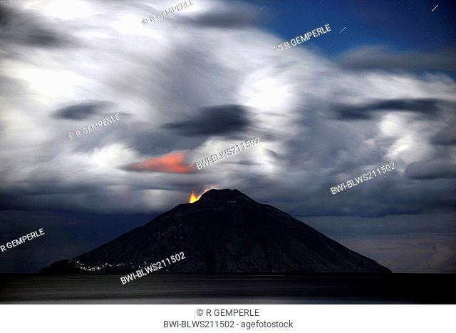 volcanic eruption of Stromboli, Italy, Stromboli, Liparic Islands