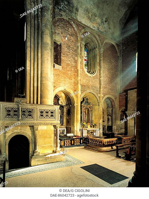 Crypt and right wing of San Michele Maggiore Basilica, Pavia. Italy, 11th-15th centuries