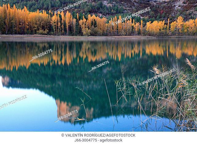 Uña lagoon. Serranía de Cuenca natural park. Cuenca