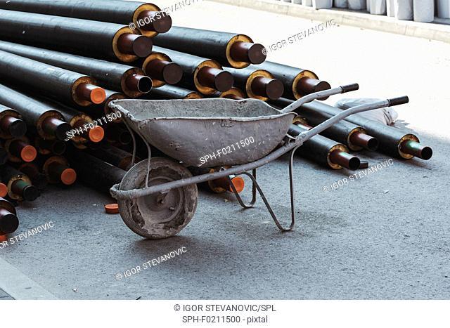 Wheelbarrow and heat pipes