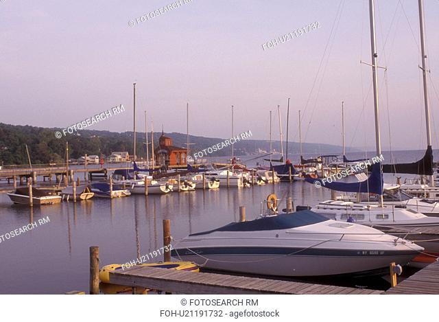 New York, Finger Lakes, Marina on Seneca Lake in Watkins Glen.
