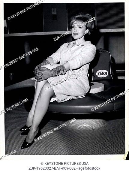 Mar. 27, 1962 - New York International Airport, Mar.27,1962.. Actress Edie Adams is shown on her arrival by TWA Superjet from Los Angeles