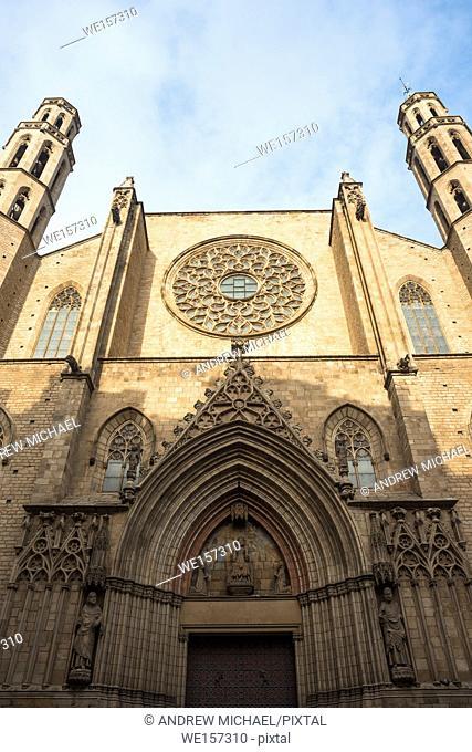 Gothic church of Santa Maria del Mar, La Ribera, Barcelona, Catalonia, Spain, Europe