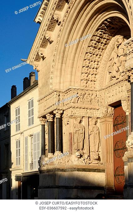 Facade of Romanesque Cathedrale Saint-Trophime of Arles, France