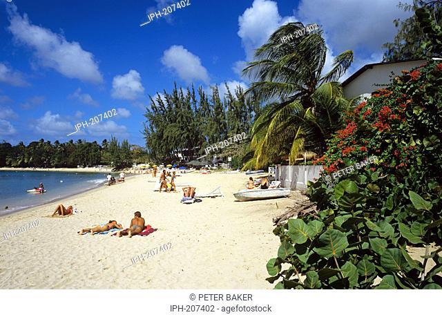 Hole Town Beach, an Idyllic tropical beach on the island of Barbados