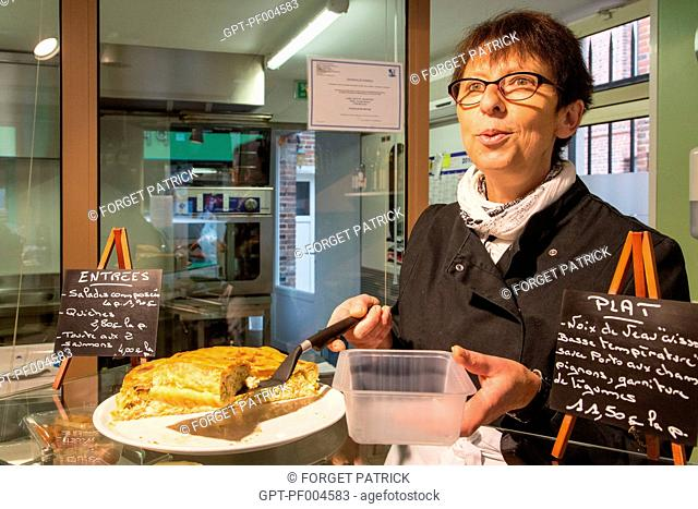 NATHALIE, DAIRY PRODUCT CATERER IN HER SHOP 'GOUT ET TRADITION', RUGLES (27), FRANCE
