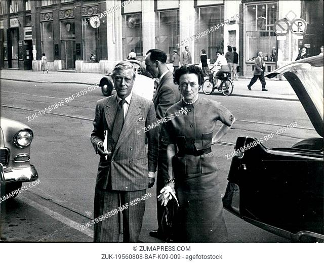 Aug. 08, 1956 - The Windsors in Munich : The Duke and the Duchess of Windsor arrived in Munich to day for a short visit. They stay in the Hotel 'Four Seasons'