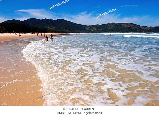 Brazil, Rio de Janeiro State, Ilha Grande island, Lopez Mendes beach