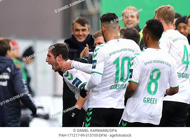 SpVgg Greuther Furth's Maximilian Wittek (L) celebrating his scoring of the opening goal during the German 2nd Bundesliga soccer match between SpVgg Greuther...