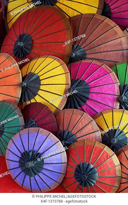 Laos, Province of Luang Prabang, city of Luang Prabang, World heritage of UNESCO since 1995, night market, umbrella handmade with paper