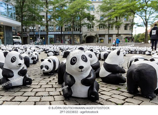 The WWF draws attention to the endangered giant panda with an action in the city of Kiel