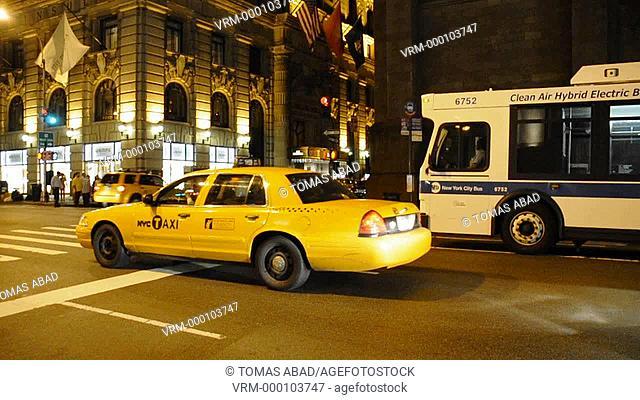 Yellow Taxi, 5th Avenue, Manhattan, New York City