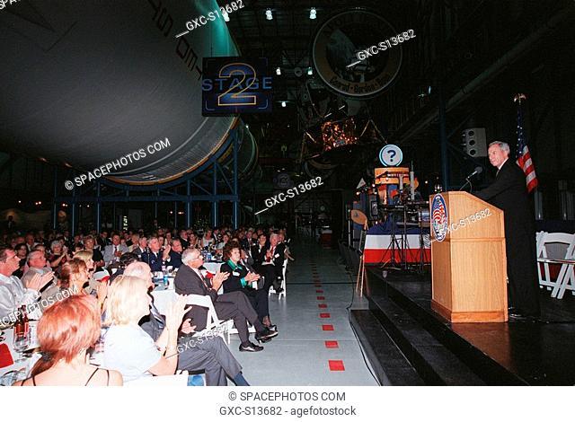 07/16/1999 -- NASA Administrator Daniel S. Goldin right addresses the audience at the Apollo 11 anniversary banquet honoring the Apollo team