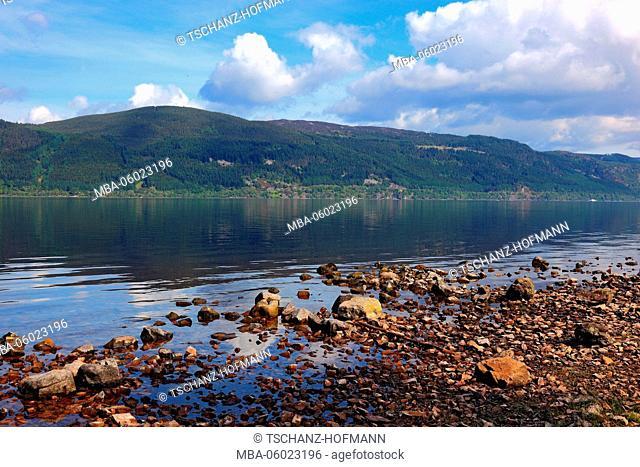 Scotland, Highlands, Landscape at Loch Ness