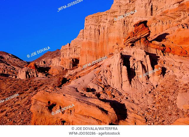 Sedimentary Rock Formation, Red Rock Canyon State Park, California, USA