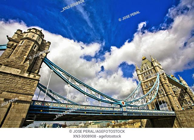 Tower Bridge, River Thames, London, England, UK, United Kingdom, Europe
