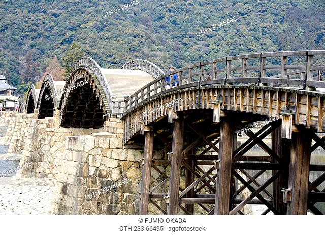 The 5 arches wooden bridge, Kintai Bridge built in 1673 on Nishiki River at Iwakuni City, Yamaguchi Prefecture, Japan