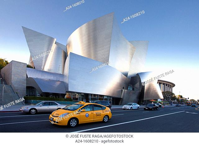 Walt Disney Concert Hall by architect Frank O. Gehry, Los Angeles, California, USA