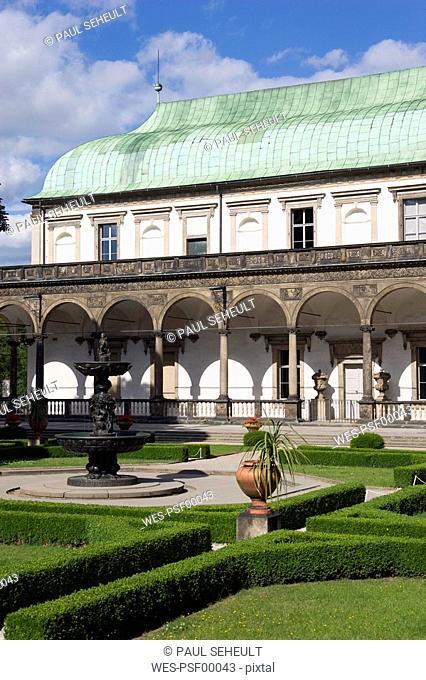 Czech Republic, Prague, Royal Garden, The Singing Fountain