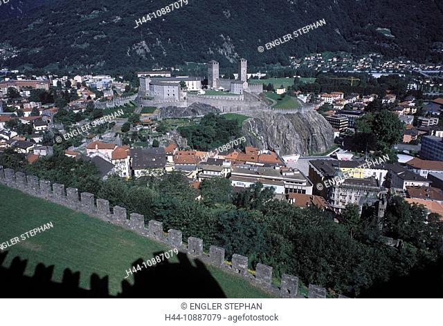 UNESCO, Vieille ville, Old Town, town, city, castle, wall, Castelgrande, Castel di Montebello, Switzerland, Europe, Ticino, Bellinzona, summer